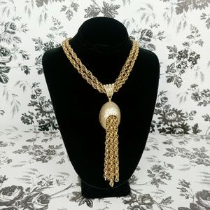 Vintage Corocraft gold chain tassel necklace